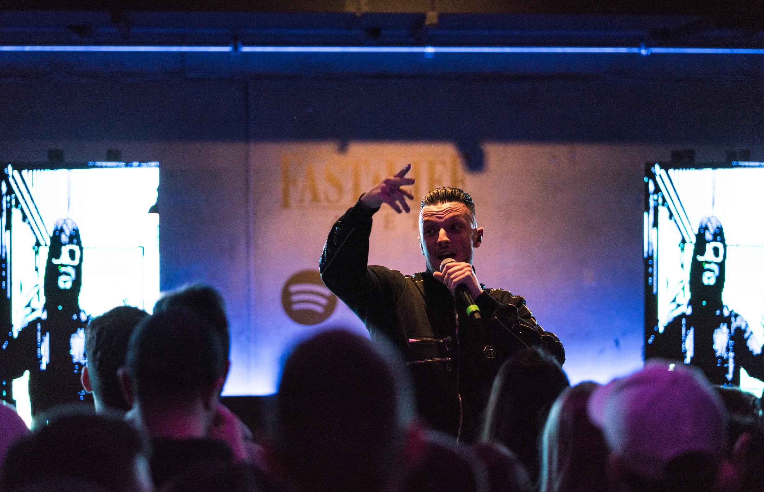 supermarket Spotify FansFirst AZET